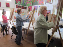 Adult art options with Lisa Jayne Art Studio in Oxfordshire
